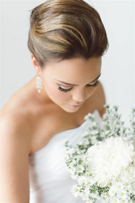 Wedding Hairstyles Updos With Veil by 17 Jaw Dropping Wedding Updos Bridal Hairstyles