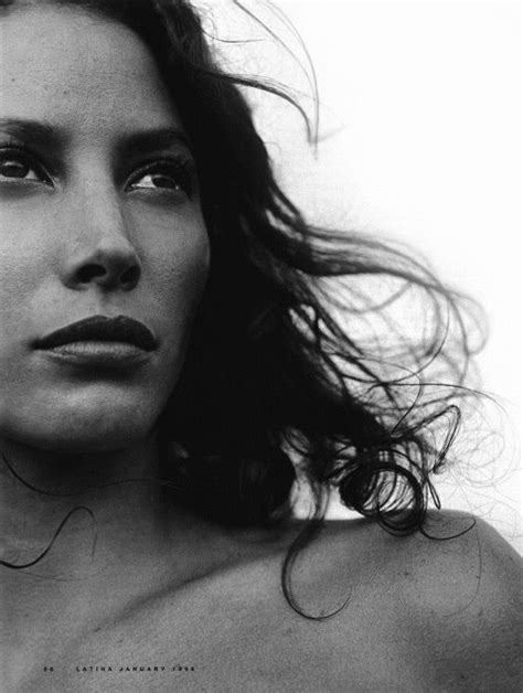 Turlington In V Magazine by 901 Best Images About Turlington On