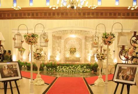 inilah  dekorasi pernikahan murah  bagus  rumah beserta harganya