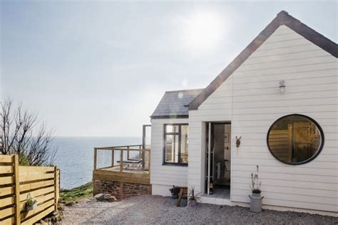 buy house in england delphin holiday home in cornwall