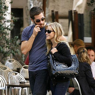 So Are Reese Witherspoon And Jake Gyllenhaal Going Out by Reese Witherspoon S New Diet Gossip Geniusbeauty