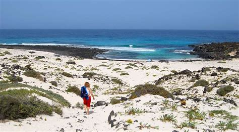 best beaches lanzarote 5 of the best beaches in lanzarote and why you ll