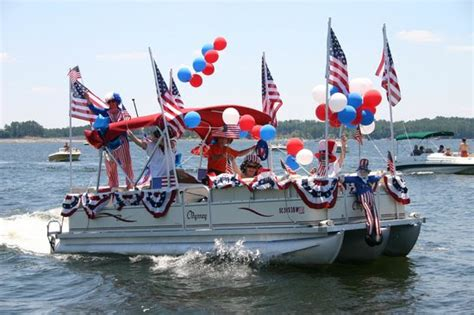 ta boat parade lakeside devils lake navigator