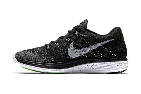 Sepatu Pria Nike Flyknite Lunar 3 Casual Sneaker 3 Variant Murah release nike flyknit lunar 3 black white momentum