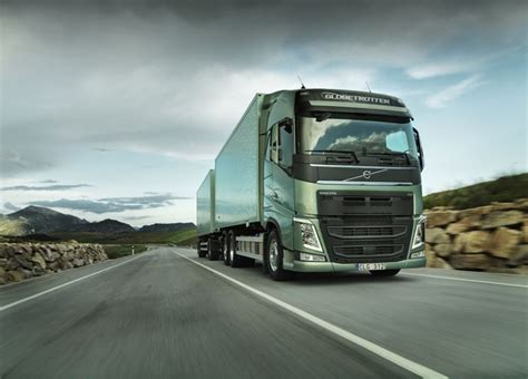 Volvo 800 Truck The Volvo Fh The New Haul Truck From Volvo Trucks