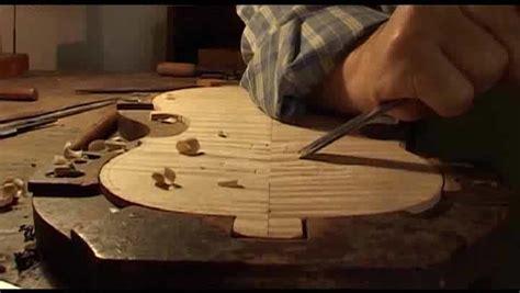tavola armonica la tavola armonica e il fondo di un violino educational