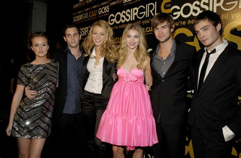 the real gossip girl the cast of gossip girl is just as wealthy in real life