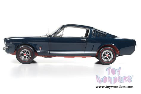 Auto World 1 18 American 1965 Ford Mustang Gt Amm1093 1965 Ford Mustang Gt Top Amm1093 1 18 Scale Auto