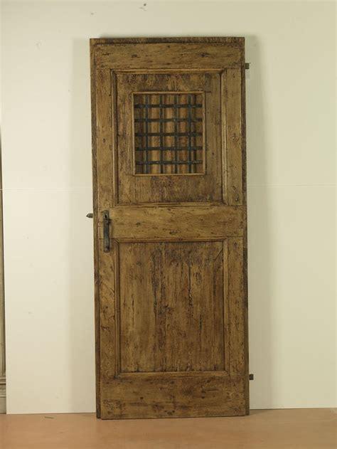 porte in ferro per interni 17 migliori idee su porte di ferro su porte in