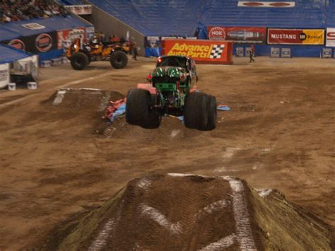 download free full version pc game monster truck challenge free software and games ultimate monster trucks full