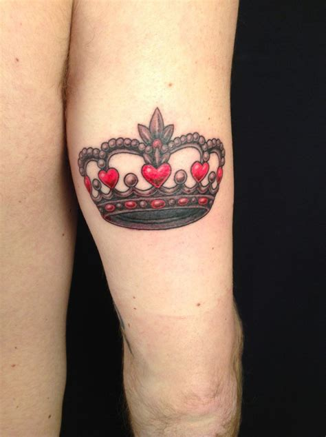 heart with crown tattoo designs crown tattoos designs ideas and meaning tattoos
