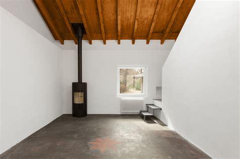 pavimento di resina pavimenti in resina prezzi tipologie pro e contro