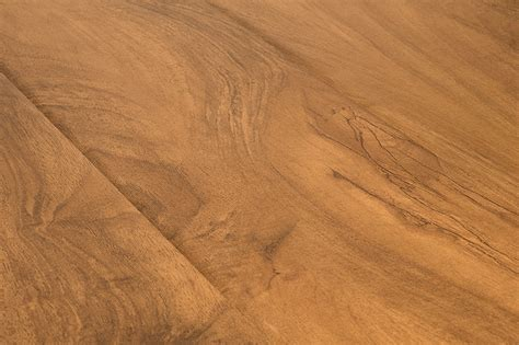 lamton laminate 12mm barn plank collection madagaskar oak