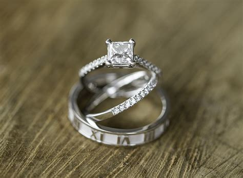 Amazing Engagement Rings by 38 Amazing Engagement Ring Photos