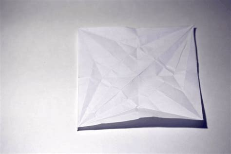 Paper Folding Animation - paper crane stop motion by synconi on deviantart
