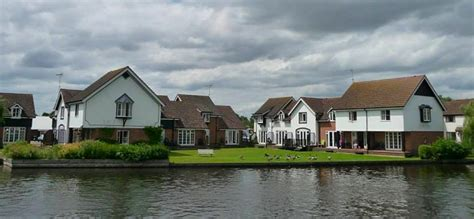 Peninsula Cottages Wroxham by Peninsula Riverside Cottages In Wroxham Norfolk Broads