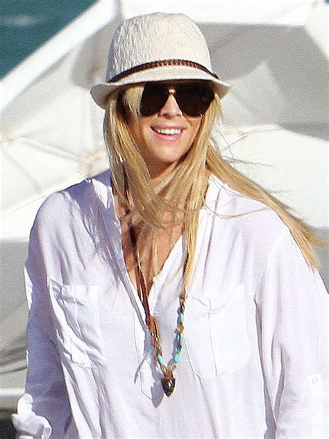 Tiger May Sue Mag For Elin Nordegren Pics by Elin Nordegren Speaks Has She Forgiven Tiger For