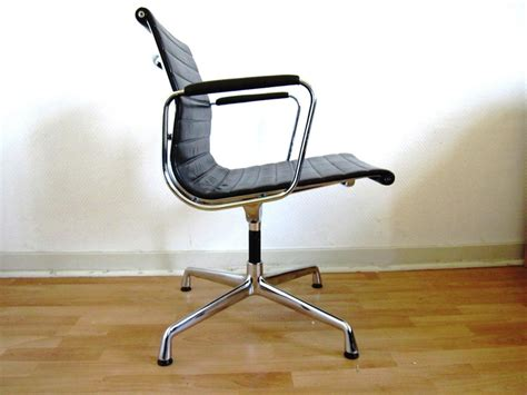 office chair with ottoman eames executive chair replica eames desk chair with