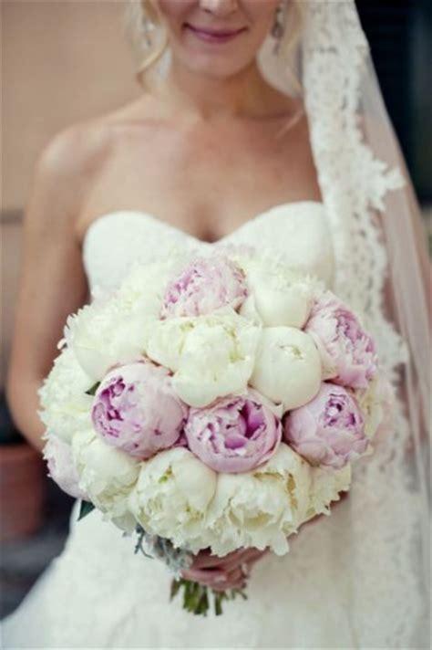 costo mazzo fiori significato dei fiori per il matrimonio giftsitter