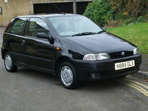 fiat punto 2002 used fiat punto 2002 manual petrol 55 sx 3 door 1 1 black