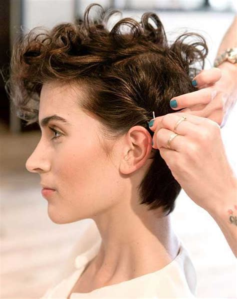 different hair styles for short curly hair in tamil 20 short haircuts for curly hair short hairstyles