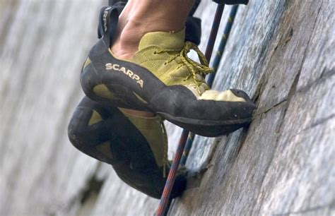 how tight should climbing shoes be how tight should rock climbing shoes be 28 images how