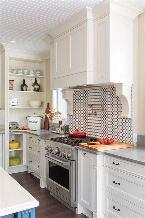 Beadboard Backsplash Kitchen Farmhouse Kitchen With Blue Island Home Bunch Interior