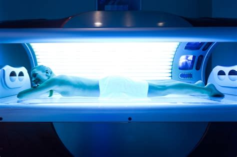 girls in tanning beds young u s women still embrace tanning beds despite the risks ctv news