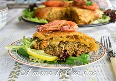 comment cuisiner les crevettes congel馥s pastilla au poisson et fruits de mer amour de cuisine