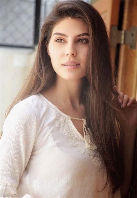elnaaz norouzi  gorgeous iranian beauty
