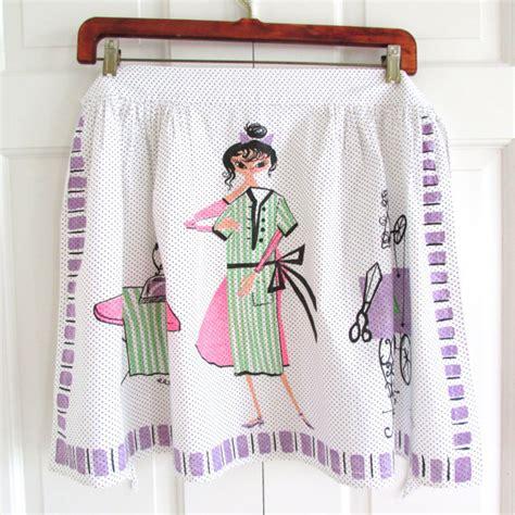sewing machine apron vintage apron dress seamstress sewing machine great graphics