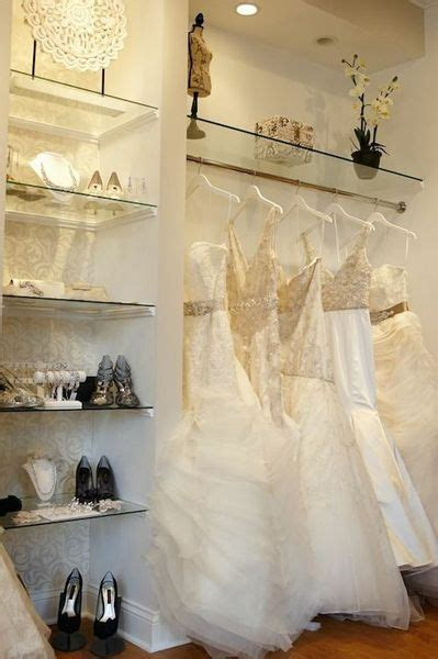 Where To Buy Wedding Gowns by Where To Buy Wedding Gowns In Chicago Flower Dresses