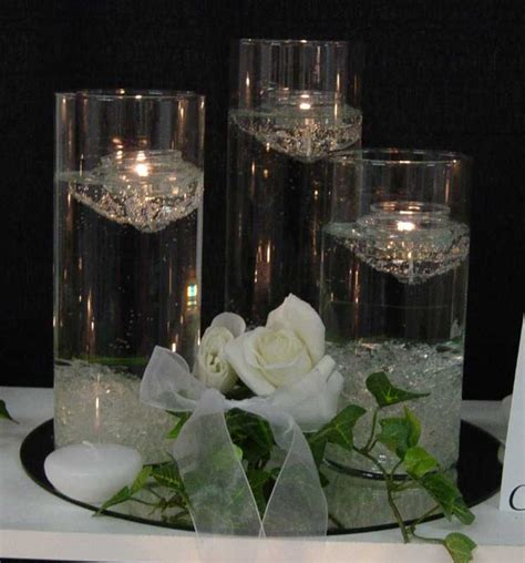 wedding centrepieces with floating candles weddingspies 2011 04 24
