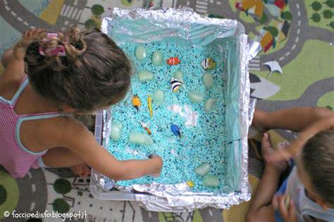 vasca sensoriale giochi sensoriali per bambini 10 idee fai da te da costruire