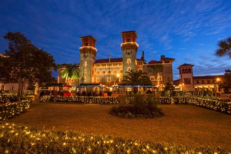 st augustine nights of lights christmas tour