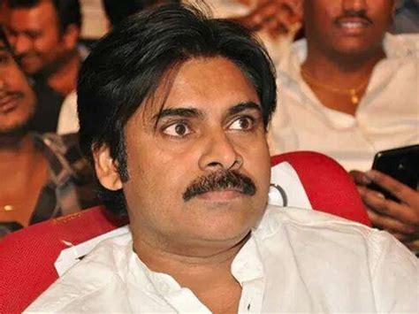 pawan kalyan pawan kalyan s fan attacked at gopala gopala launch