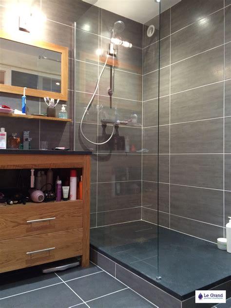 Attrayant Faience Grise Salle De Bain #2: le-grand-plombier-chauffagiste-rennes-bruz-salle-de-bains-rennes-plomberie-agencement-salle-de-bains-receveur-acquabella-noir-fac3afence-grise.jpg