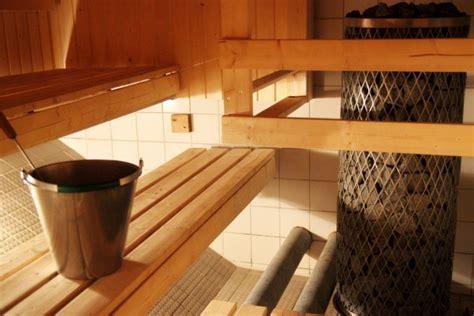 d italia privata o pubblica sauna pubblica ad helsinki a tu per tu con la cultura