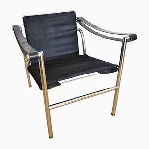 poltrona lc1 chaise longue lc 6 di le corbusier per cassina anni 60
