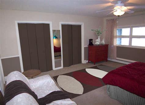 Paint Colors For Closets by Dilemma Paint The Closet Doors Mochi Home Mochi Home