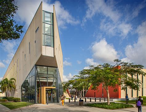 Mba Grad Schools In Florida by Inaugural Mba Advisory Board For Fiu S Chapman Graduate