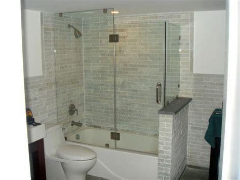 badewanne mit integrierter dusche badewanne mit duschzone tolle beispiele