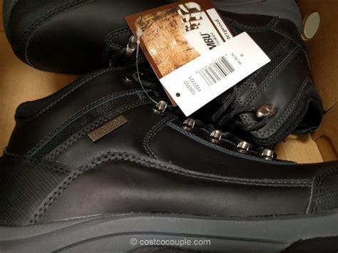 boots costco khombu men s leather boot
