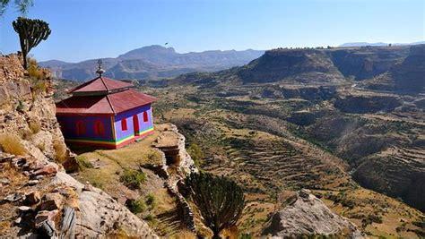 hoy viajamos al cuerno de africa para conocer al que fue un animal el monasterio al que se accede por una cuerda en etiop 237 a