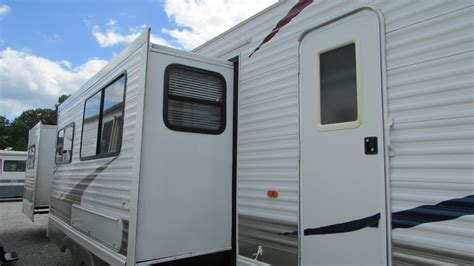 2 bedroom travel trailers 2009 palomino puma 39ptdbss destination travel trailer 3