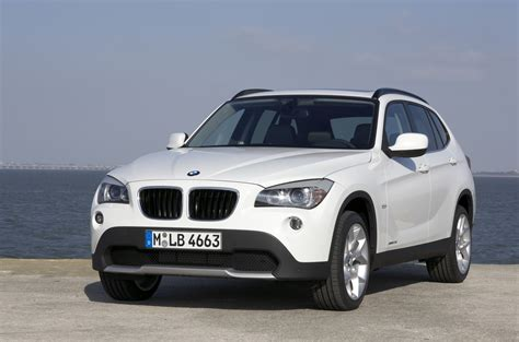 bmw x1 sdrive20d 1600x900 photos car hd wallpapers