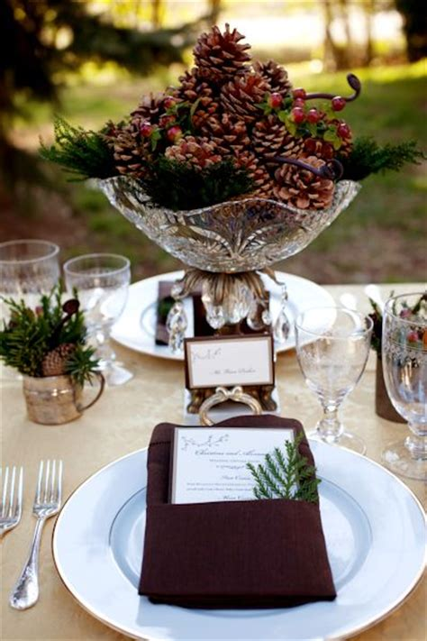 pine cone centerpiece tablescapes and table settings