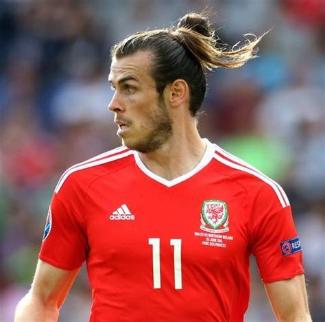 how to do your hair like bale 10 most stylish gareth bale haircuts to copy hairstylec