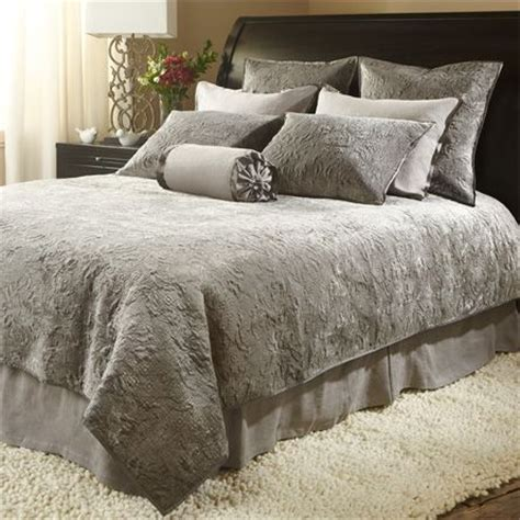arhaus bedding 17 best images about quilt arhaus velvet quilt king