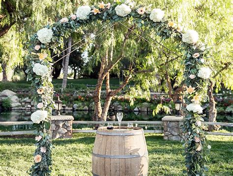 Wedding Arch San Diego by Best 25 Rustic Wedding Arches Ideas On